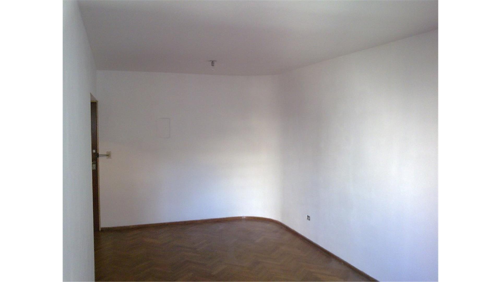 Dpto. 1 Dormitorio (Impecable/ 55 m2) -Laprida 800-