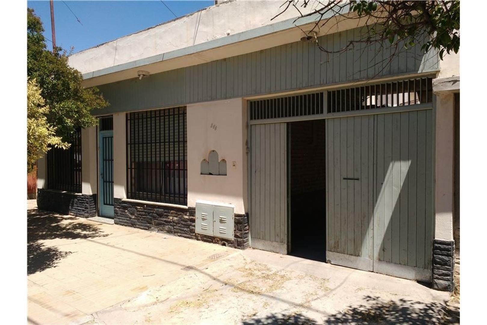 Venta Casa Cipolletti Zona Centro B° Santa Rosa