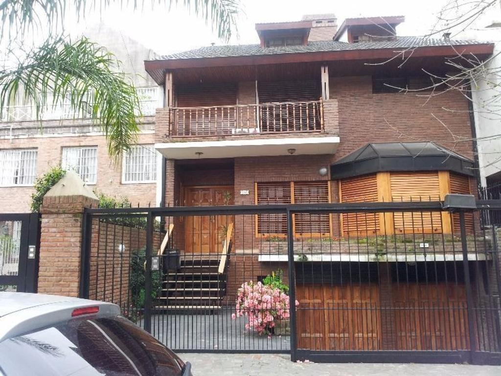 Casa en Venta de 6 ambientes en Buenos Aires, Pdo. de Vicente Lopez, Olivos