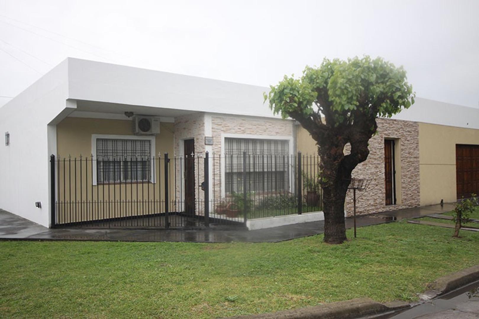 Casa - Venta - Argentina, Ituzaingó - Dr. Honorio Pueyrredon 2001