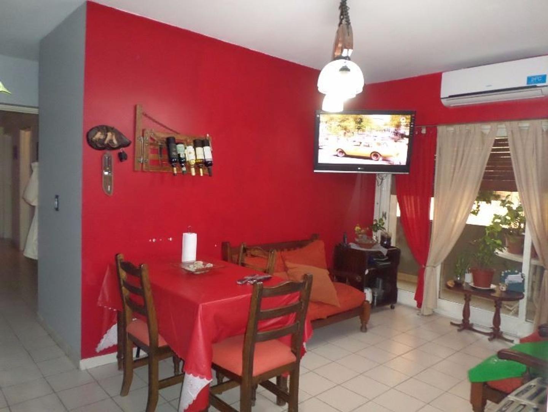 Villa Luro - Departamento 4 Ambientes C/ Balcon