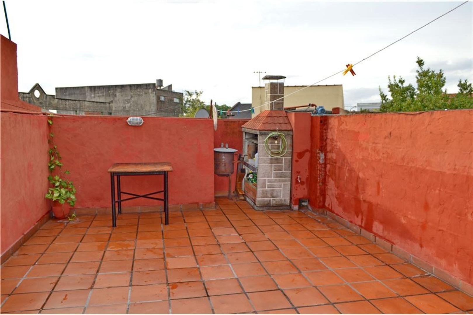 PH - 3 Ambientes Con Terraza, Parrilla y Lavadero