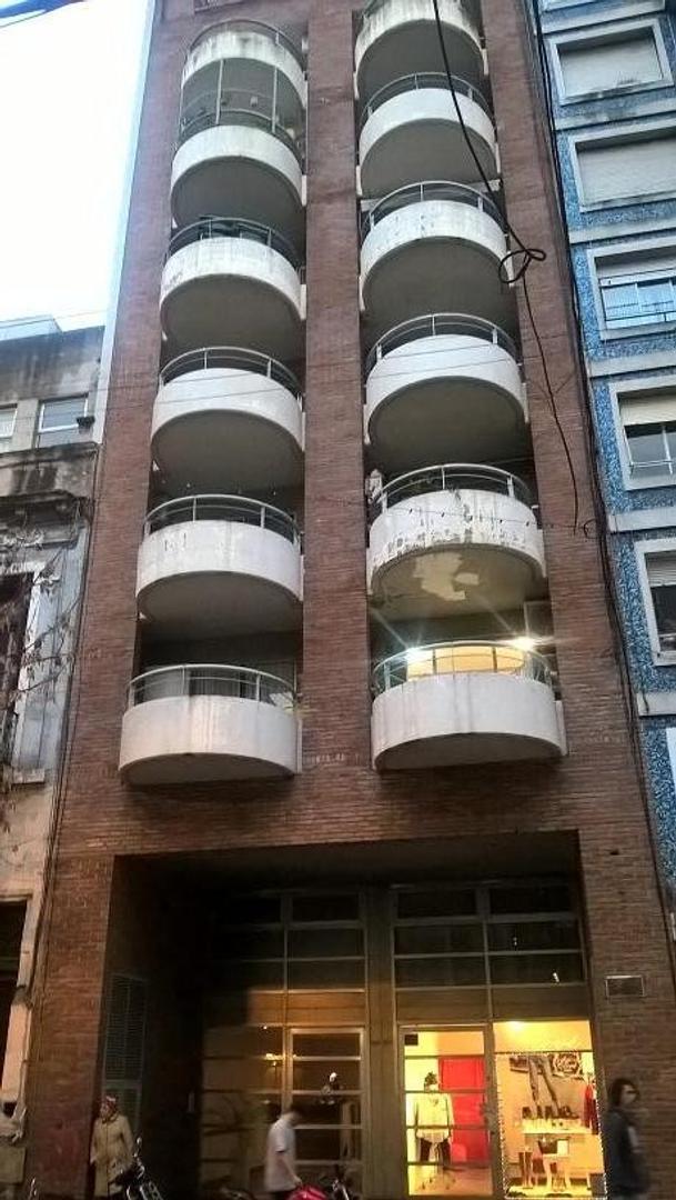 Oficina cerca Ministerio Educación y Soc. Ctral. Arquitectos