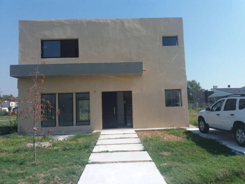 Excelente casa en Venta/ Oportunidad/ Permuta/ BAYUGAR PROPIEDADES