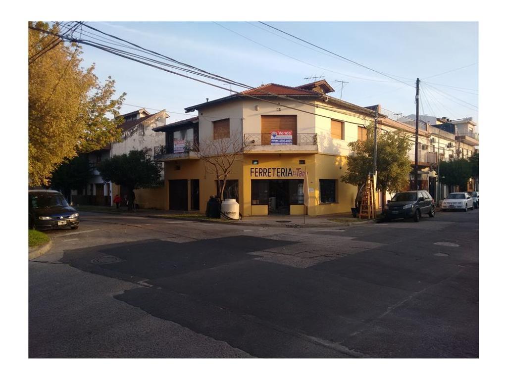 Locales  en venta con vivienda Villa Martelli