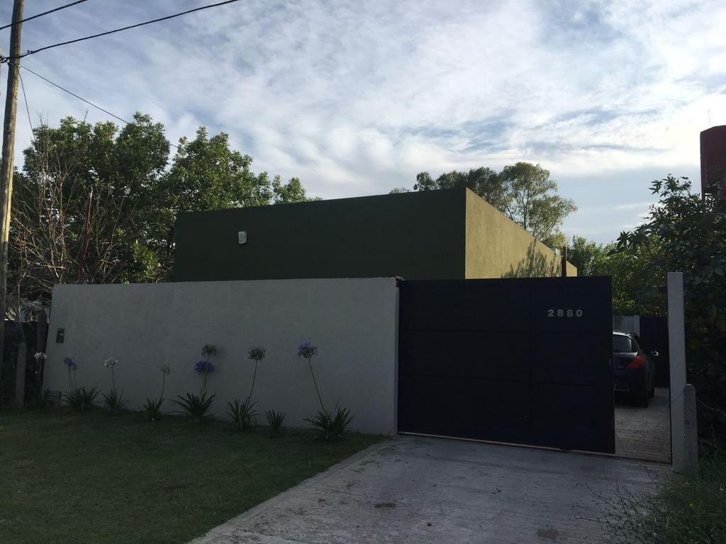 Casa en venta en Gonnet Calle 28 e/ 503 y 504 Dacal Bienes Raices