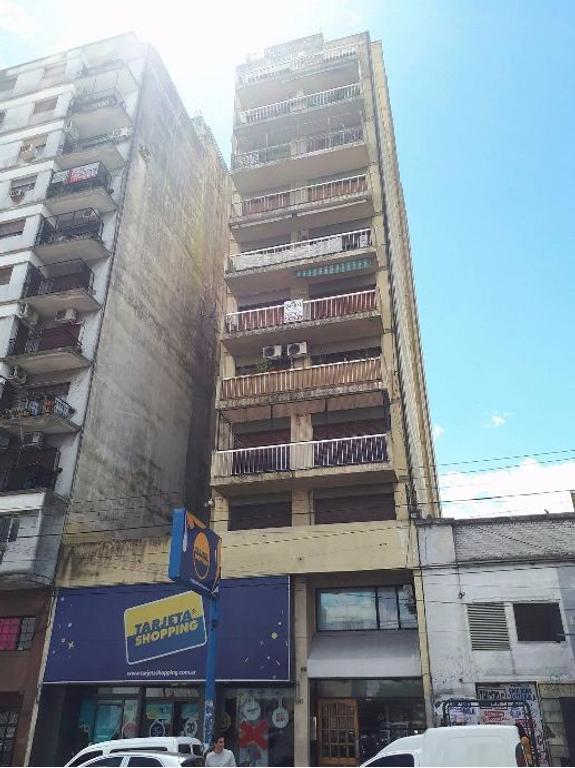 Departamento en venta,en Quilmes centro a una cuadra de la estación. Apto Crédito?