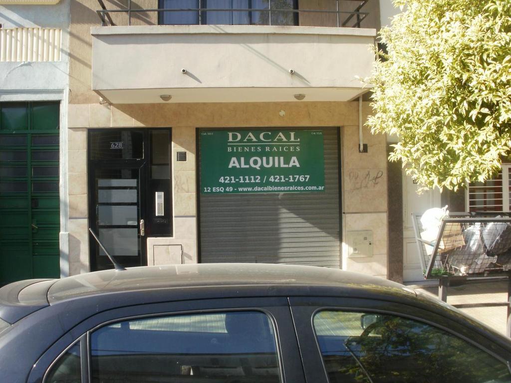 Local en alquiler La Plata en calle 64 e/ 7 y 8 Dacal Bienes Raices
