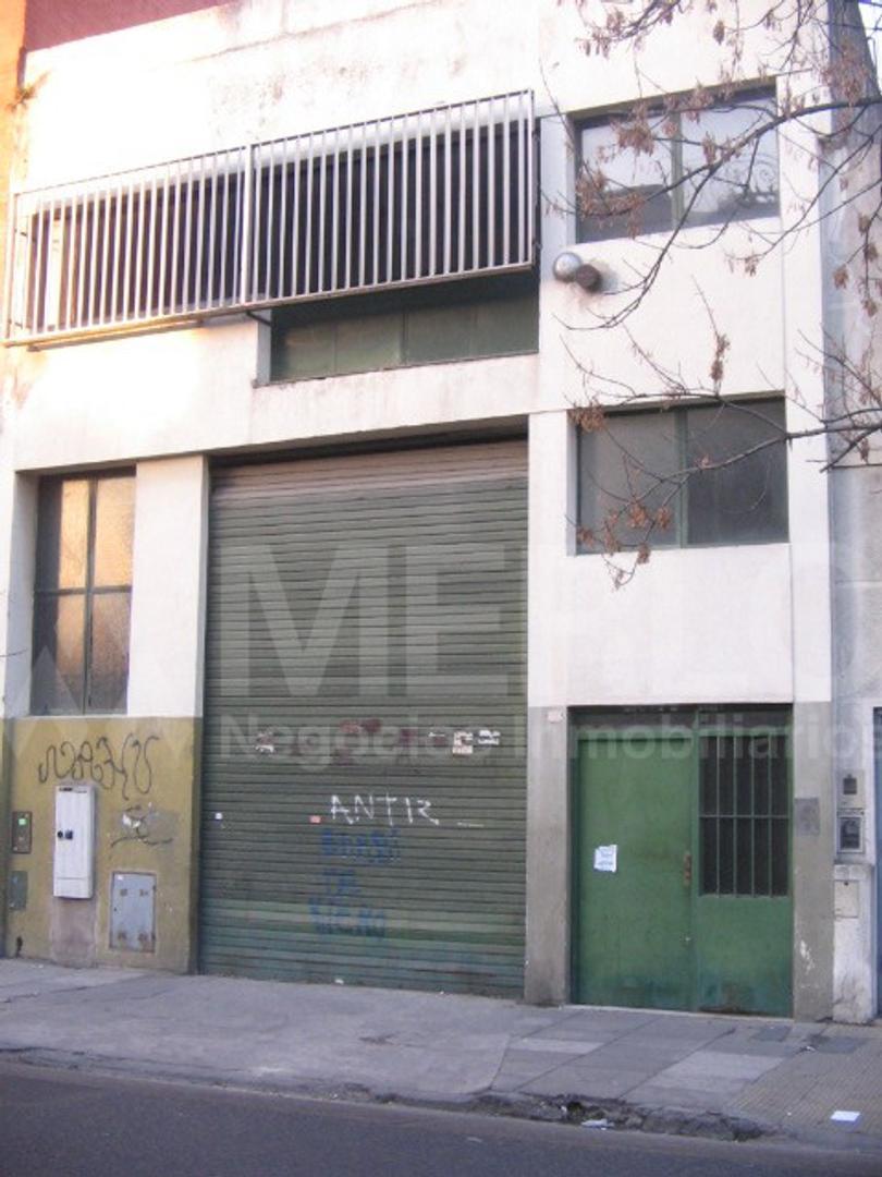 Deposito 315 m2 - San Cristobal