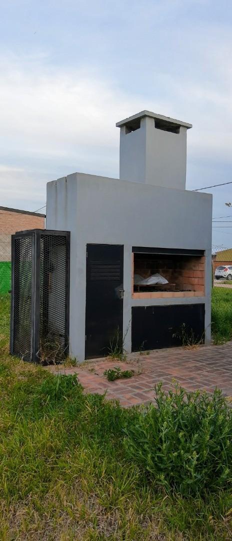 Casa en Venta en Alvarez