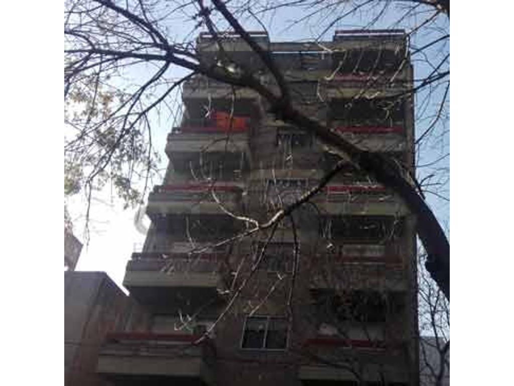 Callao y Catamarca - Departamento 2 dormitorios a la venta
