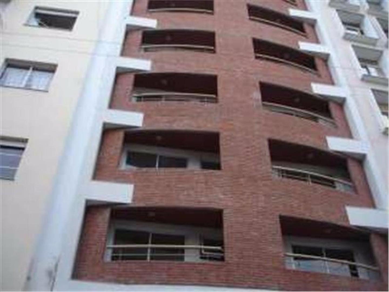 Hermoso Departamento 2 amb con generoso balcon. Edificio moderno 10 años de antiguedad