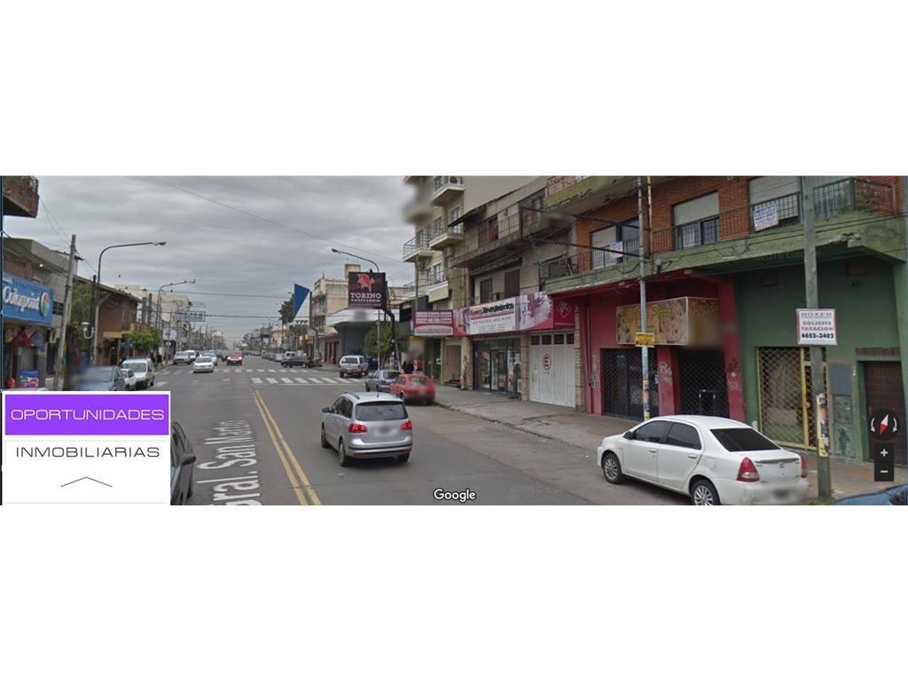 EXC. LOCAL EN CTRO COMERCIAL AV. SAN MARTIN EN RAMOS,FRENTE 12MTS  X 18 X 6 ALTO,2 PLANTAS+VIVIENDA