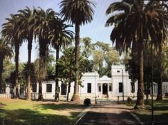 Casco de Estancia con diseño de 1890   - Barrio la hermosura