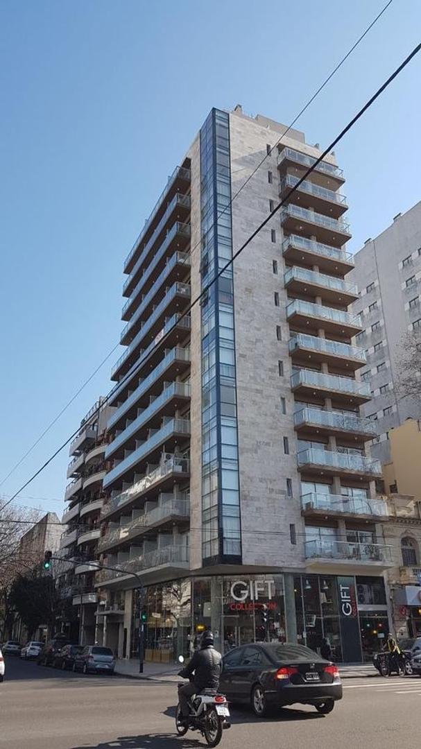 Ugarte esq/ Av. Libertador.- Belgrano