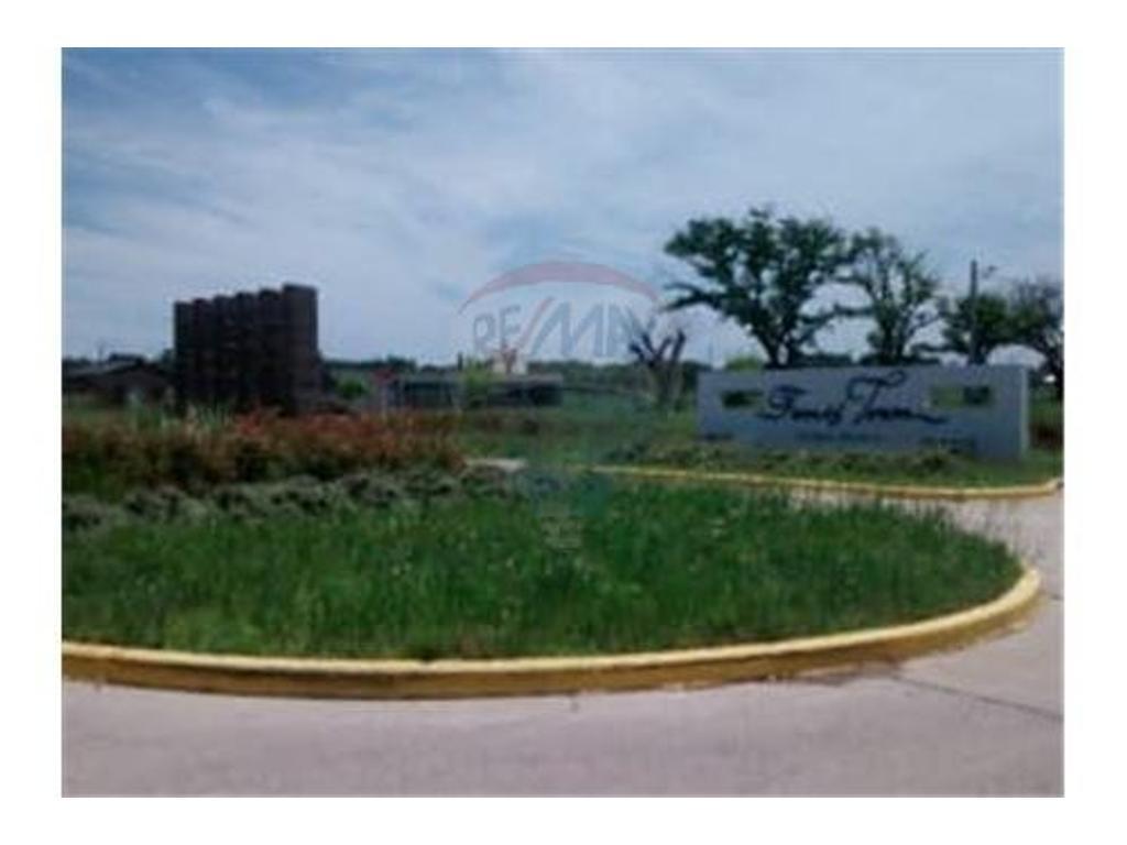 Venta Terreno amplio en Funes Town.OPORTUNIDAD