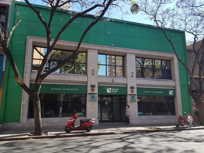 Importante Local Dos Plantas Ideal Instituciones - Rosario Centro
