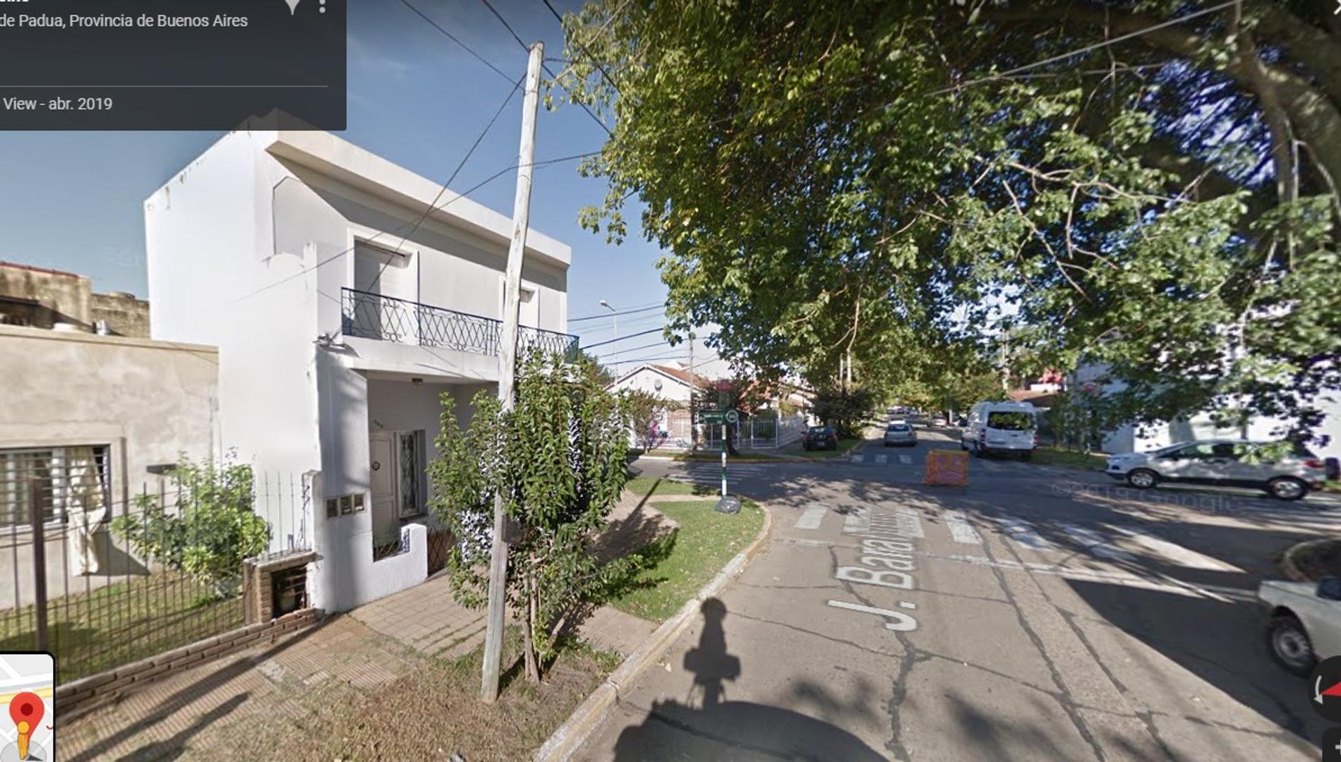 Casa en Venta en San Antonio De Padua - 5 ambientes