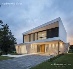 Hermosa casa de 6 amb sobre laguna - Barbarita