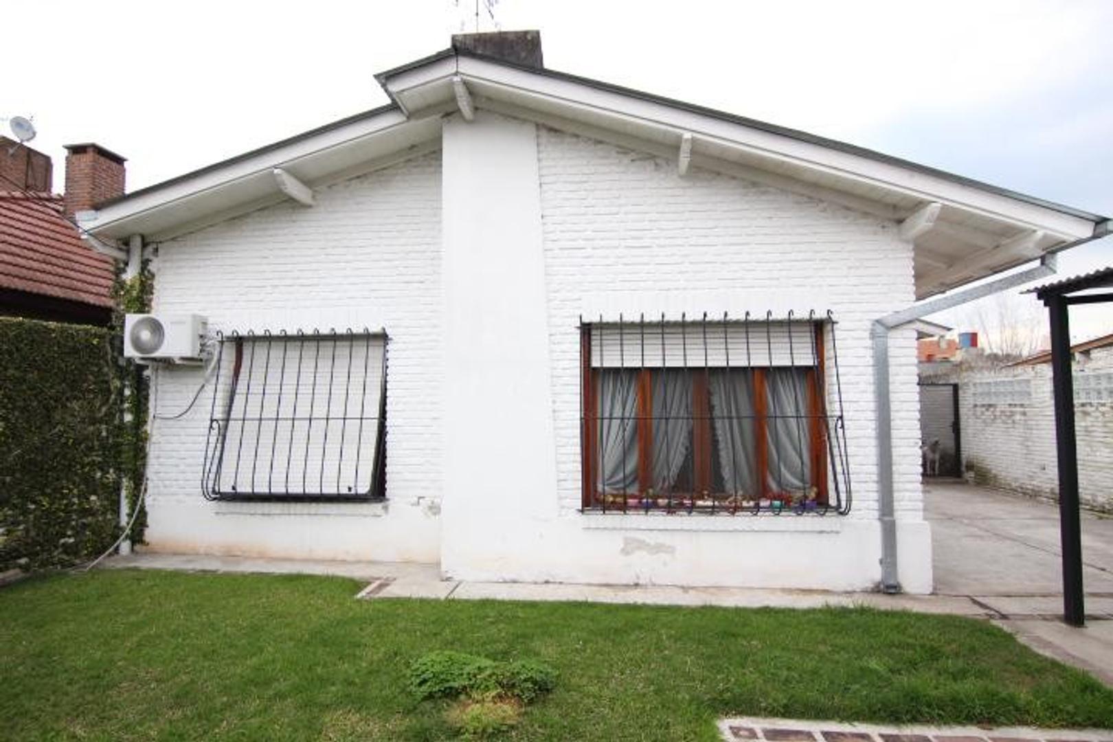 Casa en Venta - 5 ambientes - USD 295.000
