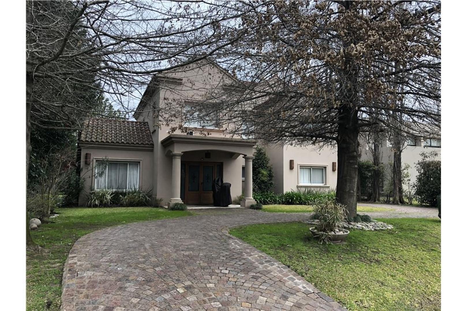 Casa en Alquiler - 5 ambientes - $ 80.000