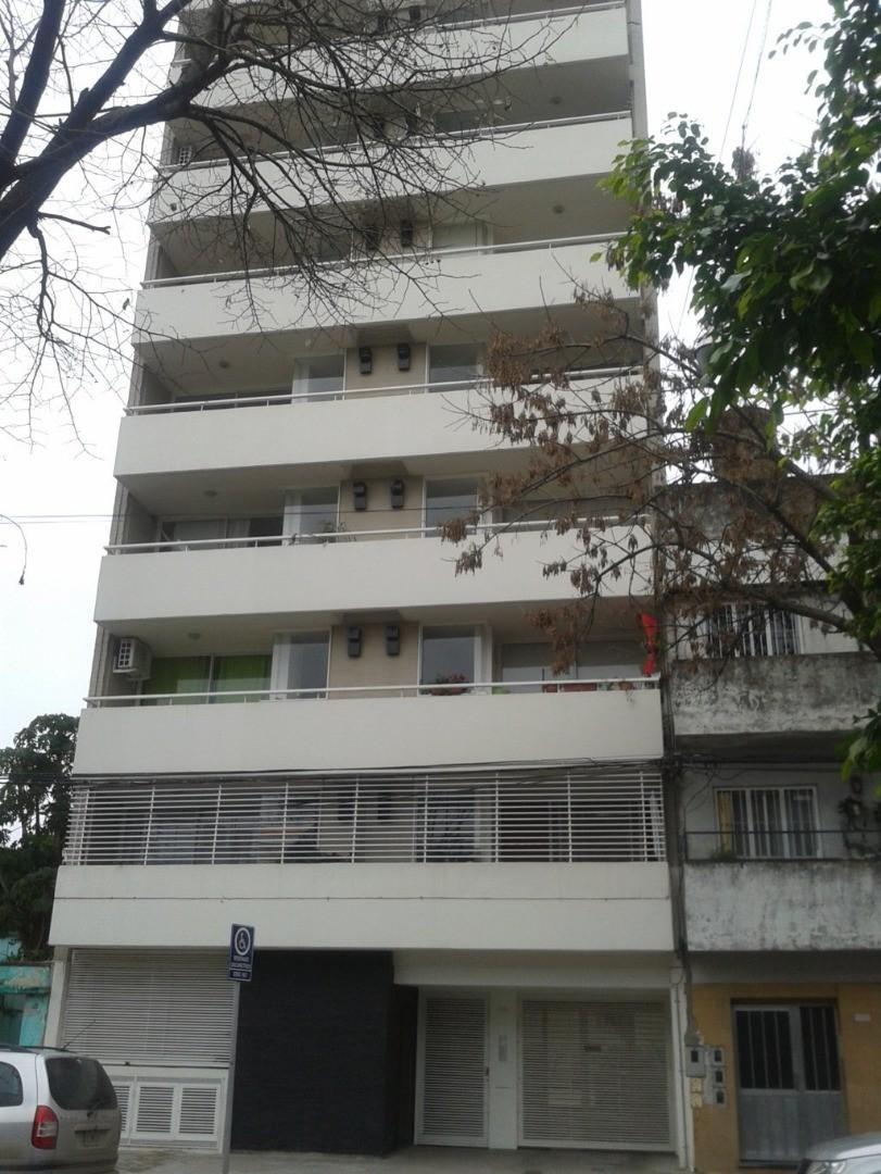1 dormitorio a estrenar   Zona Pichincha / Medicina