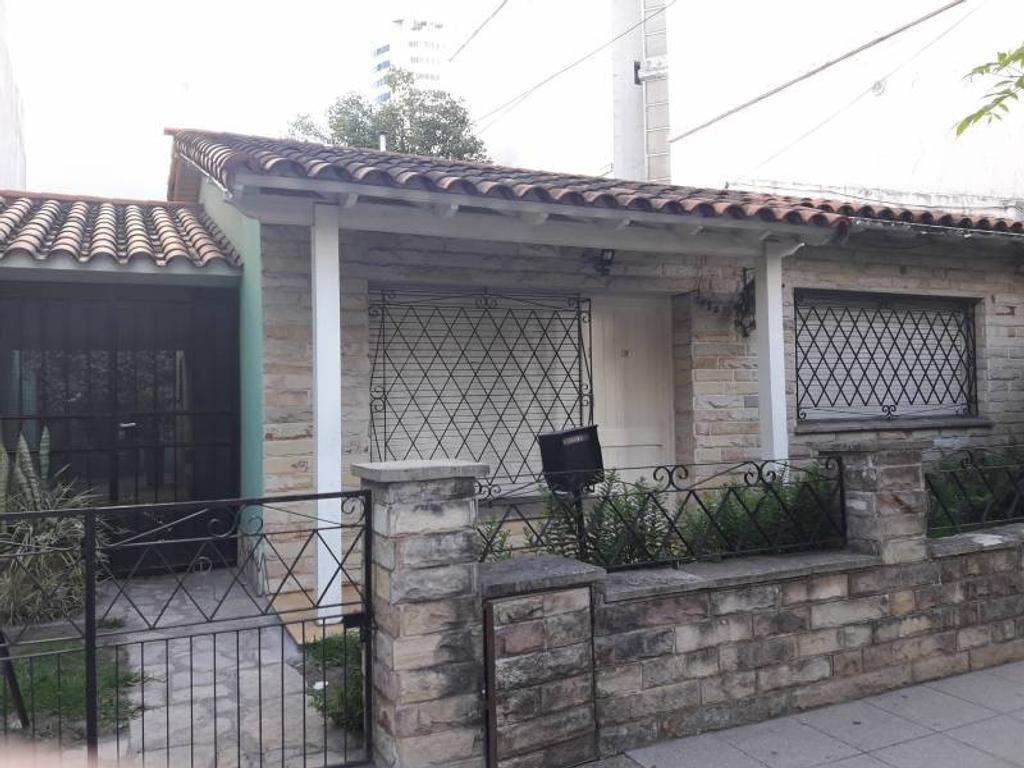 Alquiler comercial, casa, Las Heras 1000. Excelente zona!