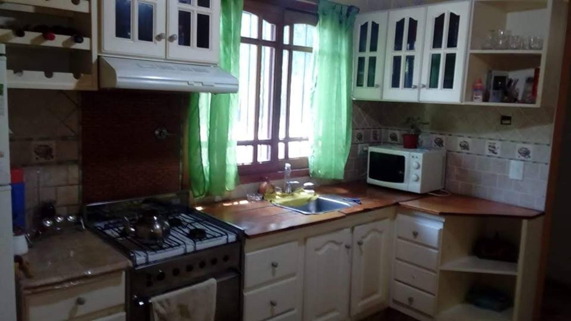 Casa - 177 m² | 3 dormitorios | 8 años