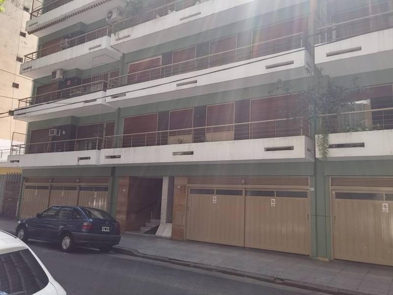 Departamento venta 4 ambientes c/dep balcón y cochera