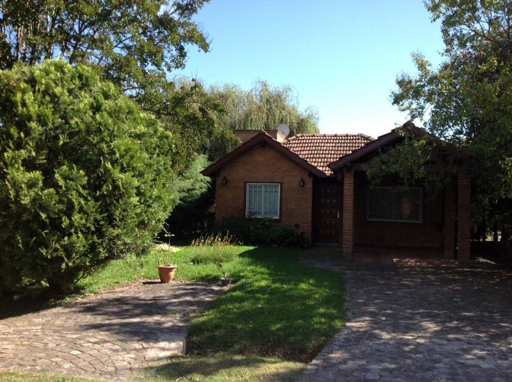 Casa  en Venta ubicado en C.C. Banco Provincia, Zona Oeste - OES0514_LP82740_1