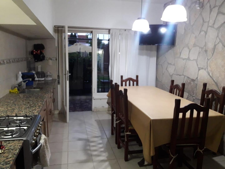 Casa en Venta en Chauvin - 4 ambientes