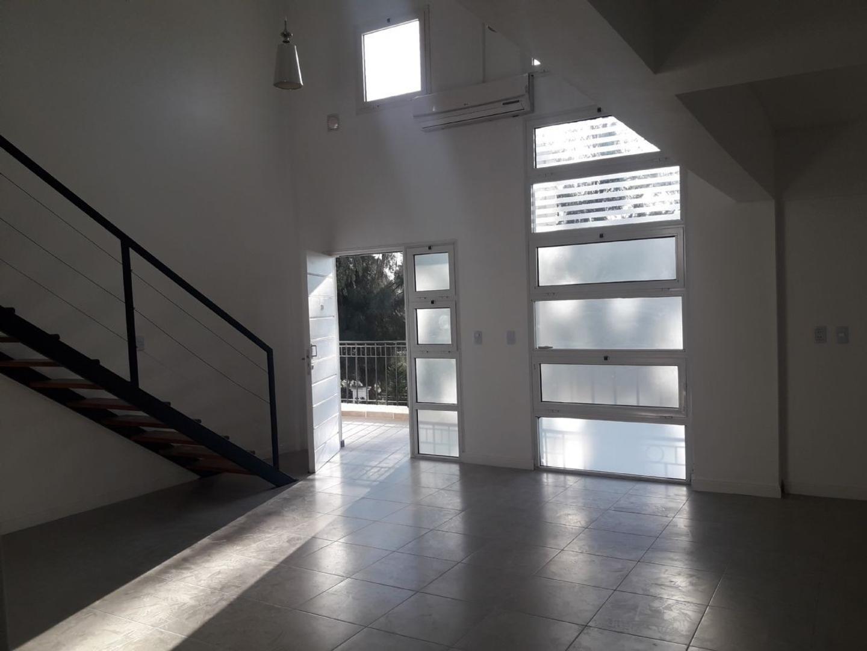 Tizado Pilar Departamento duplex 4 ambientes en venta en Arcos del Pilar  - PIL3525_LP110706_2