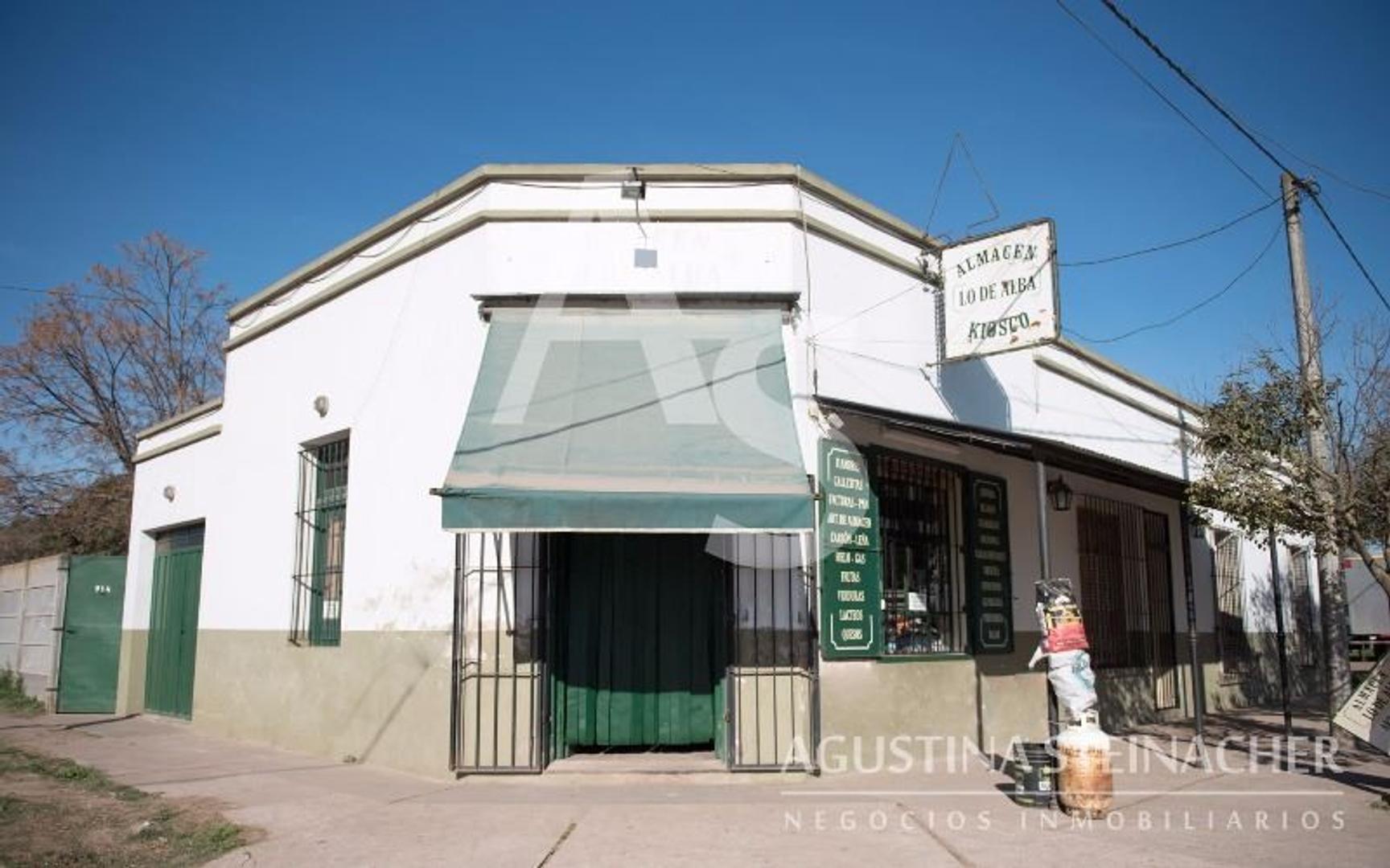 Casa en Venta en Navarro - 4 ambientes