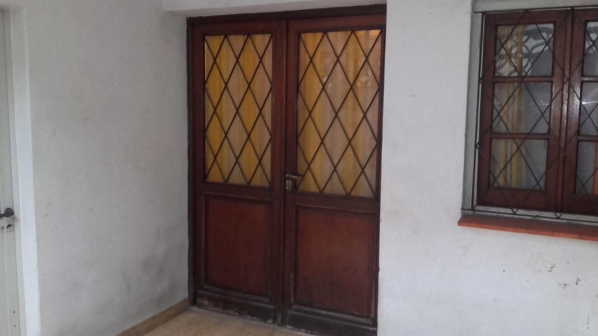 Casa en PH, Apto Crédito, Quintana 900, Castelar Sur.