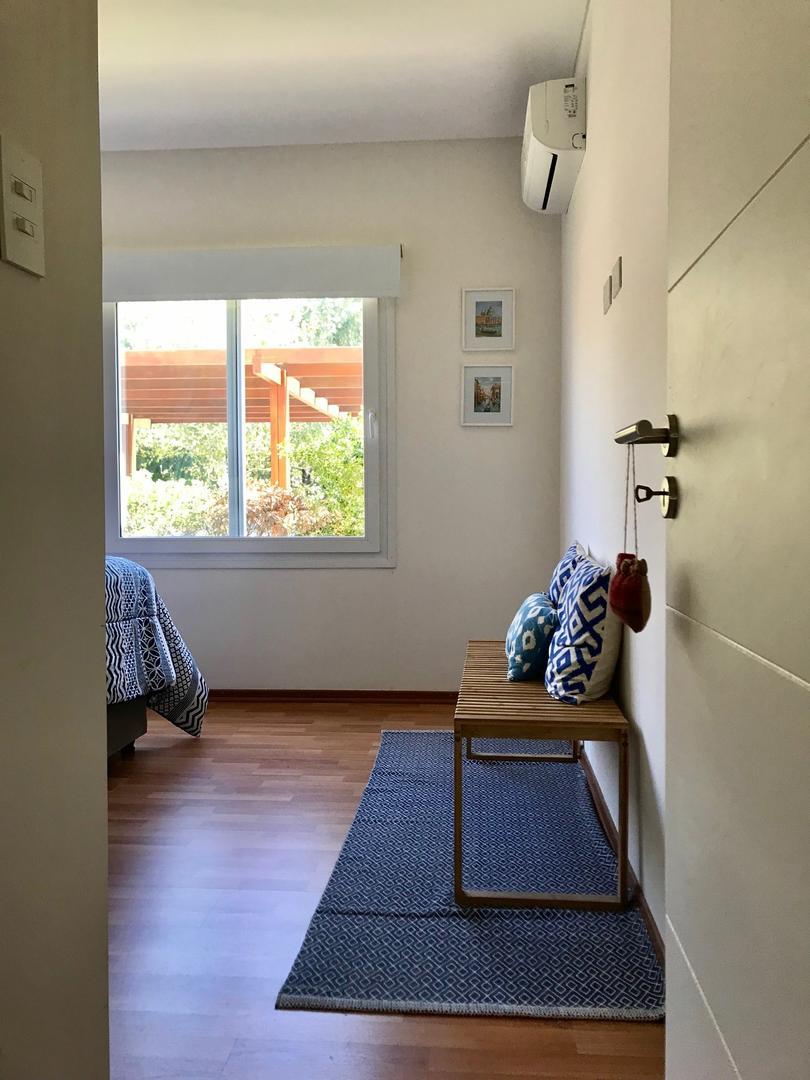 Casa en Haras Del Sur con 2 habitaciones