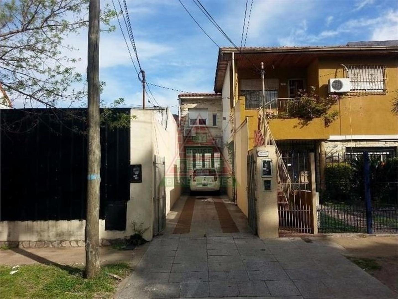 GALPON 120 M² Y DOS DEPARTAMENTOS, VENTA EN OLIVOS