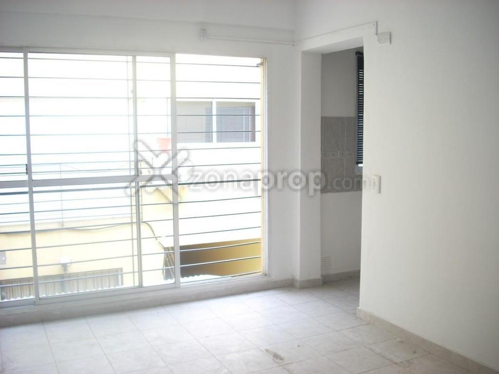 Departamento 2 ambientes, lateral, Villa Urquiza