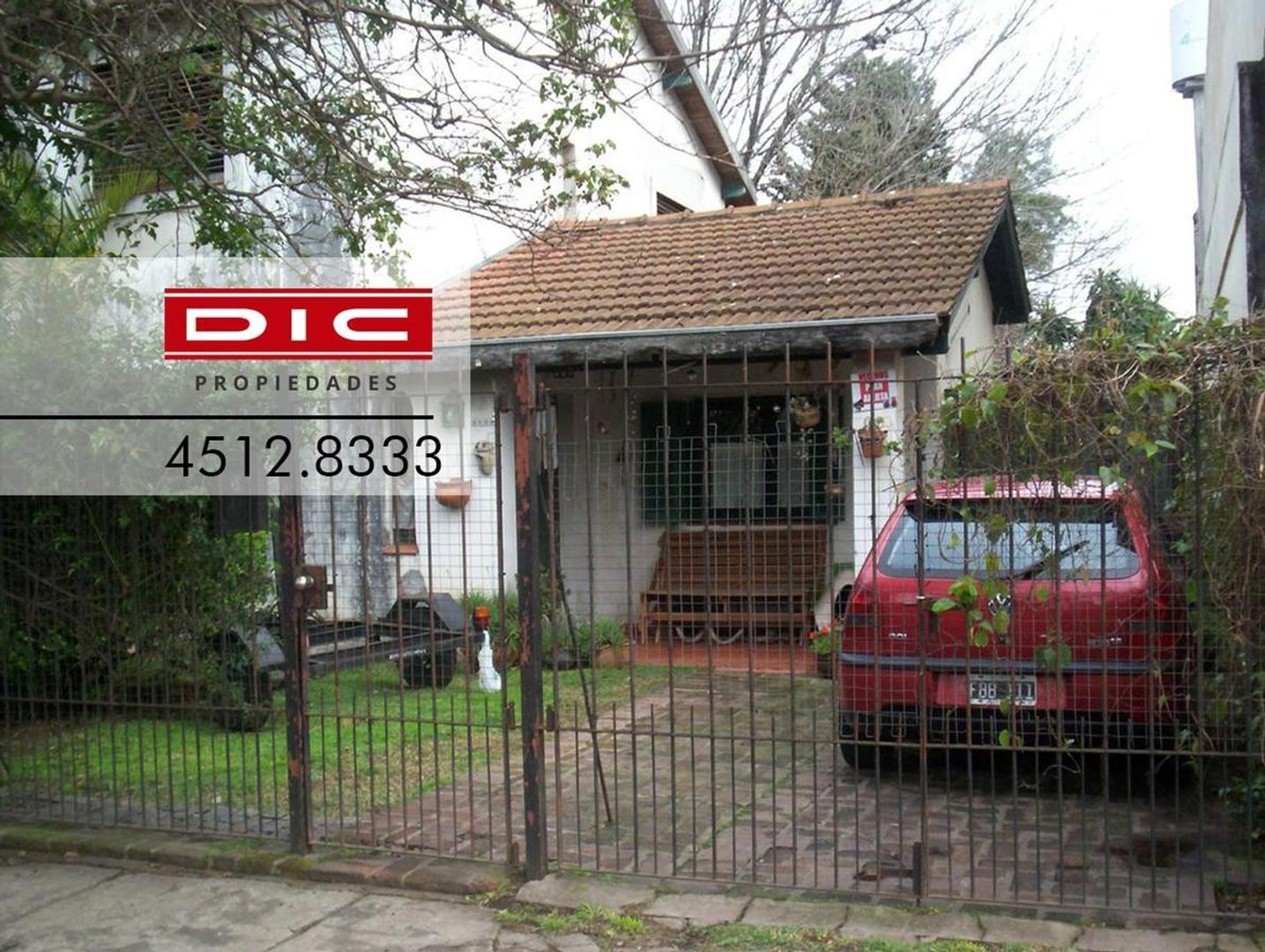 Casa -  4 Ambientes -  Villa Adelina