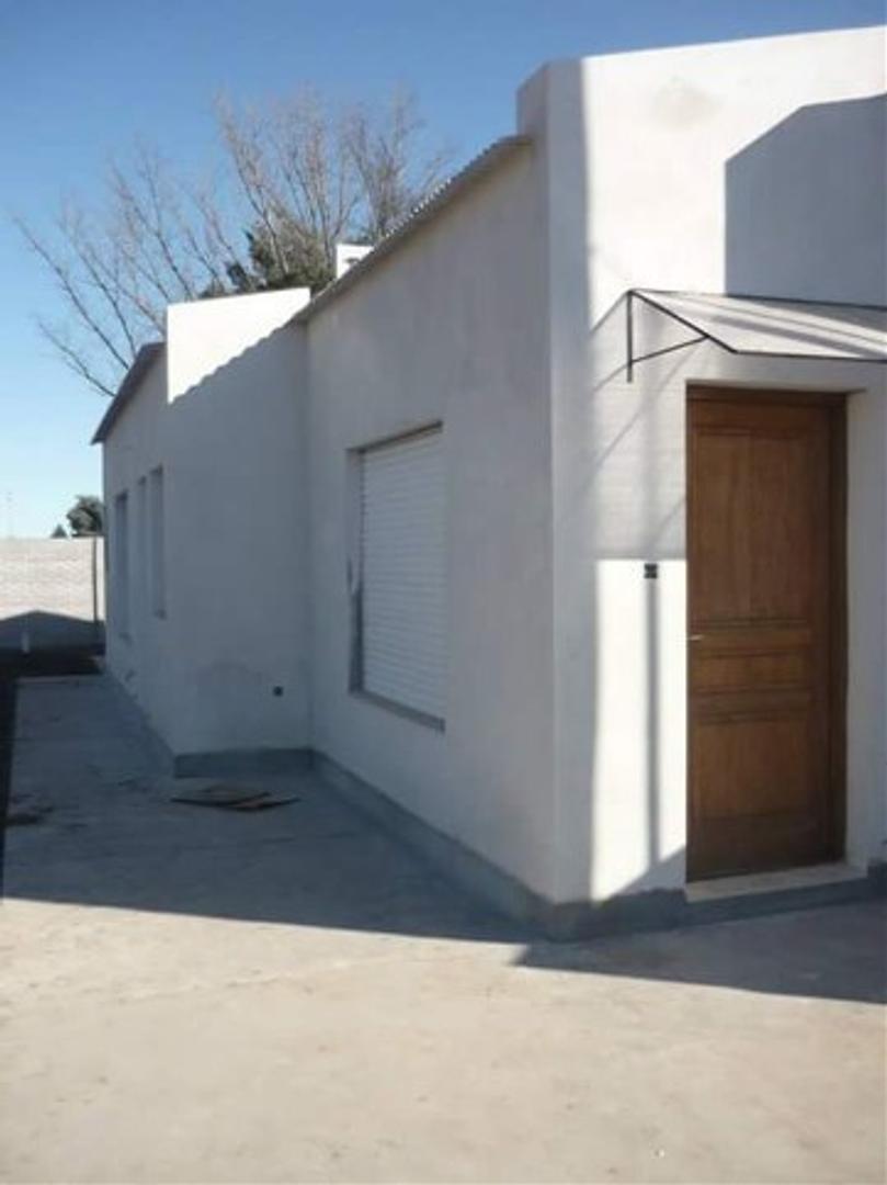 XINTEL(MEP-MEP-2212) Casa - Alquiler - Argentina, CORONEL SUÁREZ - RIVAS, GRAL. 1400
