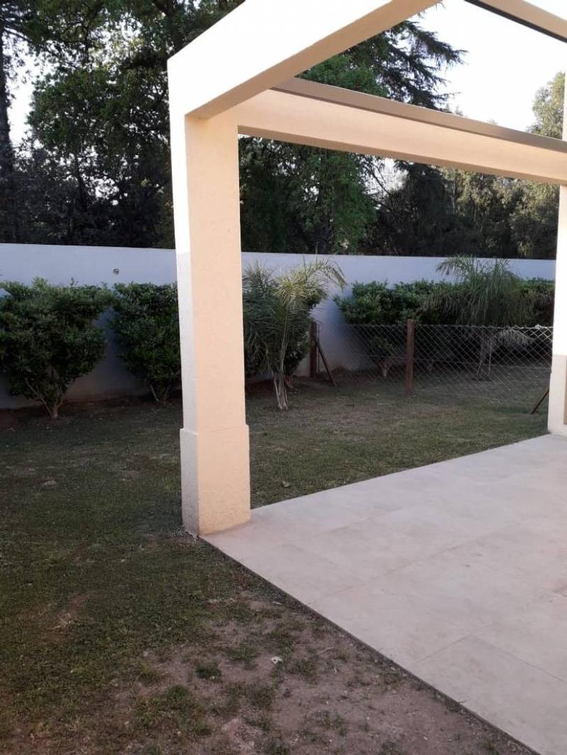 saravi Village 100 con cochera