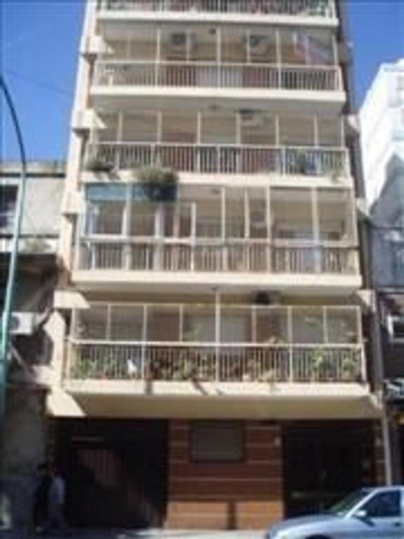 Excelente Departamento de 5 ambientes en Almagro Norte con gran Balcon Corrido