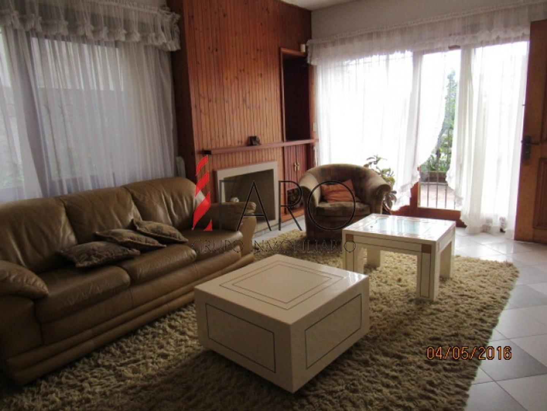 Casa en Venta - 5 ambientes - USD 380.000