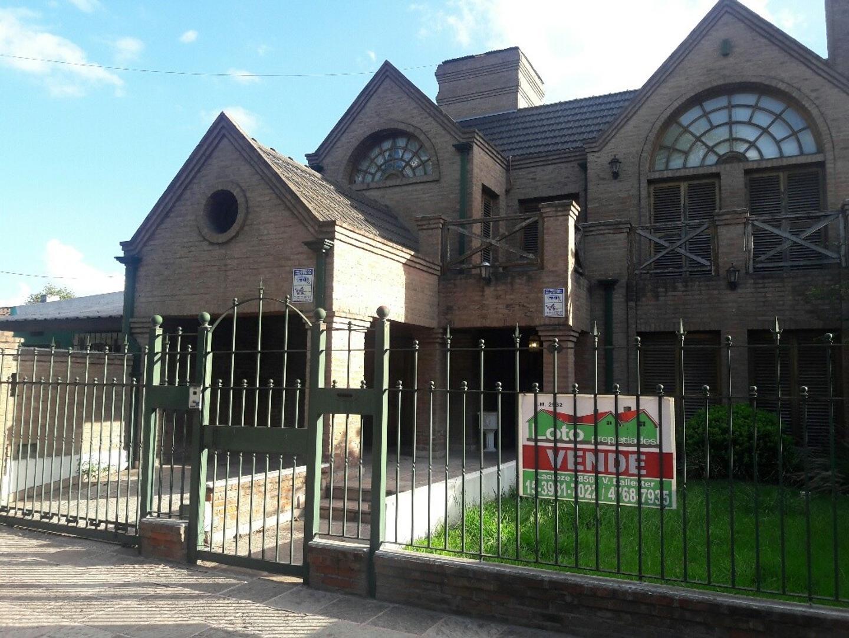 Casa en Venta en Presidente Derqui - 6 ambientes
