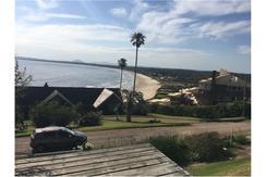 Magnifica casa en alquiler con vista al mar