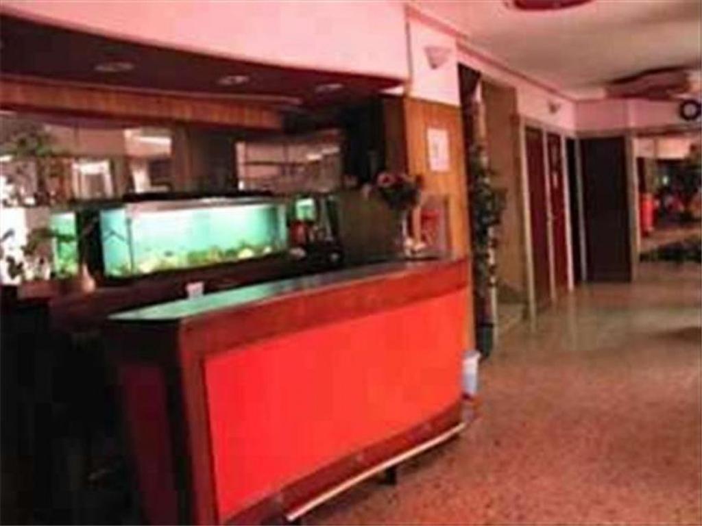 Hotel 40 hab.