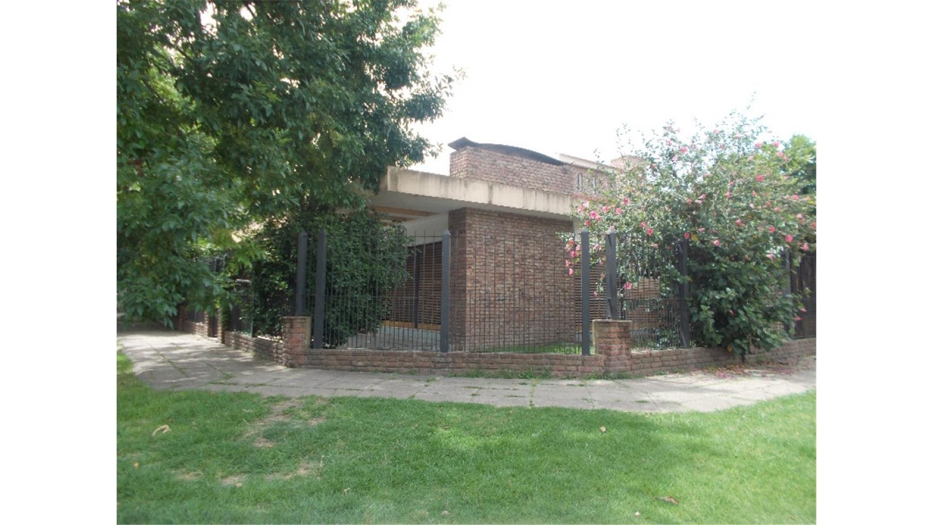 Casa 3 amb  Ituzaingo