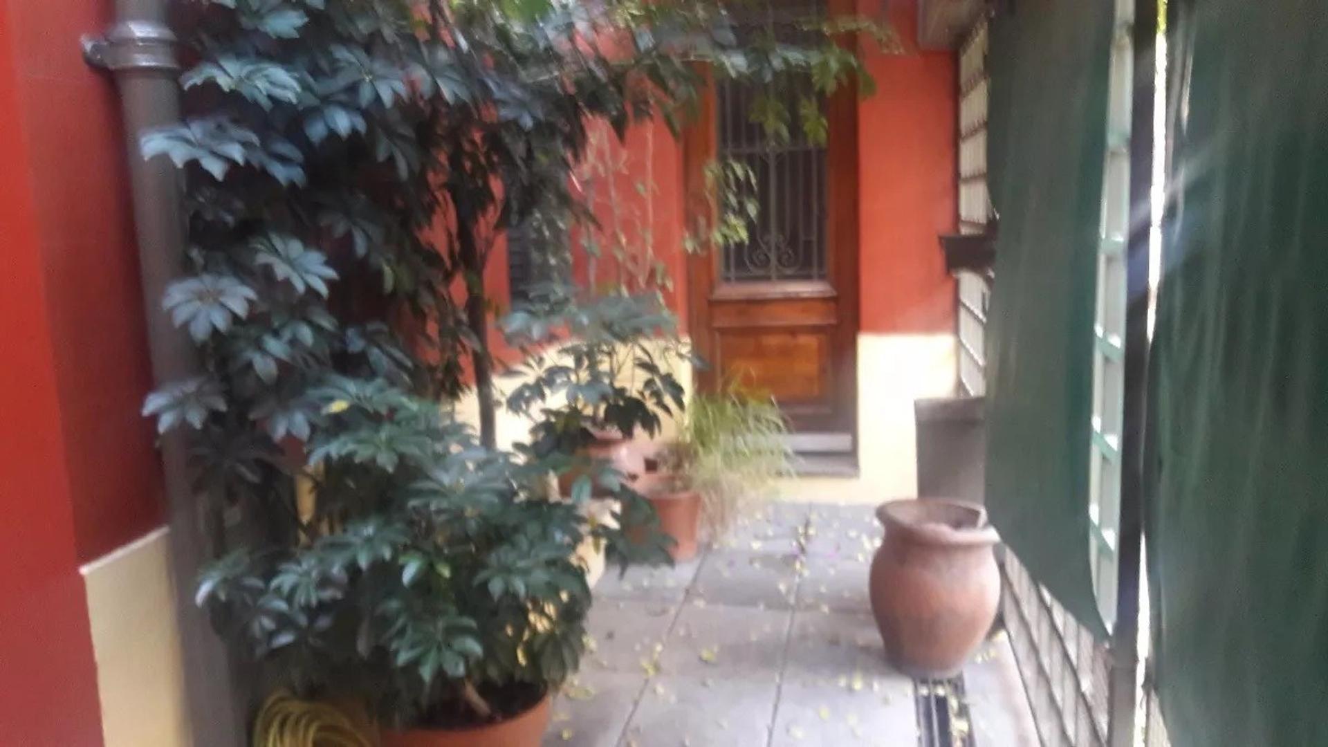 Casa - Venta - Argentina, Capital Federal - MONTIEL 500