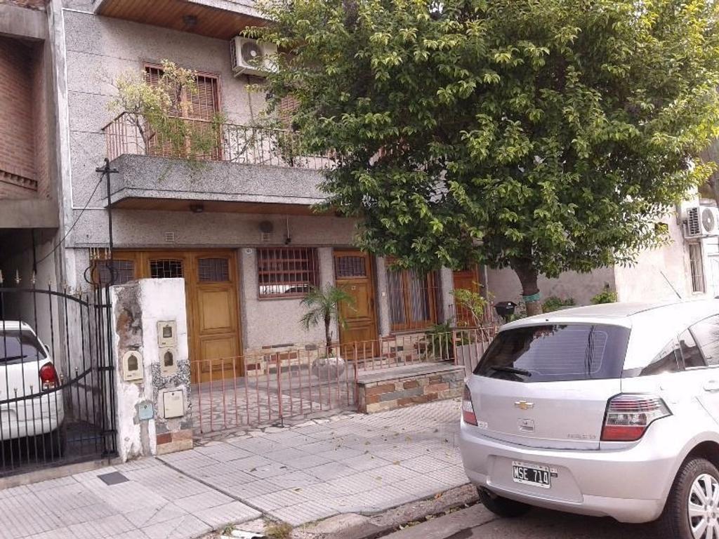 Casa en 2 plantas con jardin