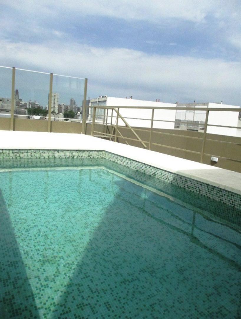 Hermoso 3 Amb. al Fte  con Balcón  8.50 x 1.20, amenities Piscina y Solarium