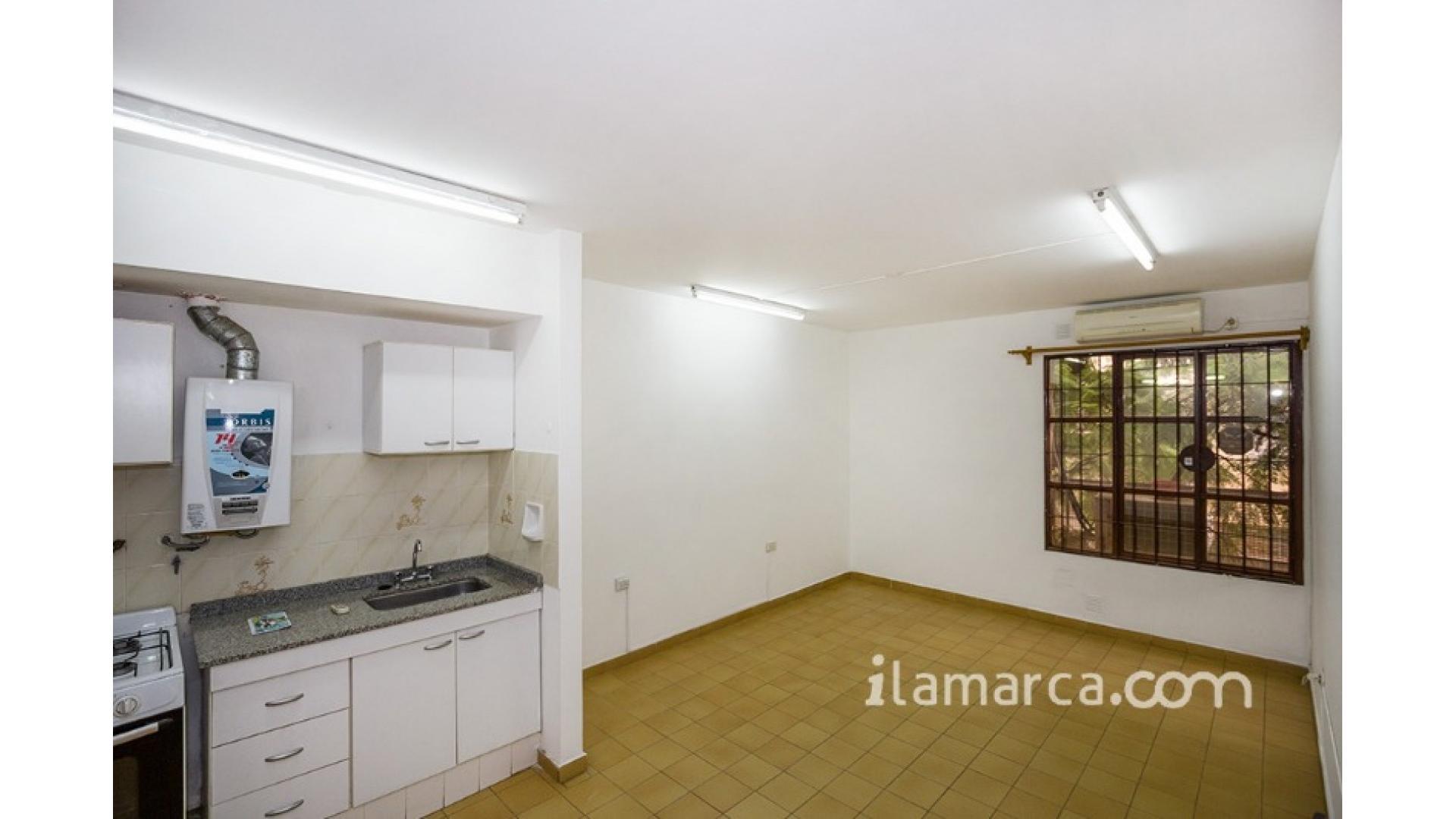 Dpto Centro Alquiler 1 dorm. Chaco 123 $6.000